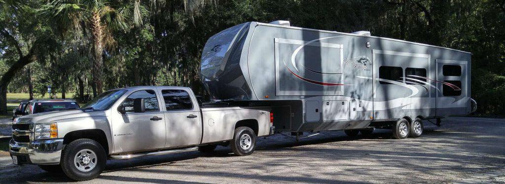chavy truck and open range fifth wheel