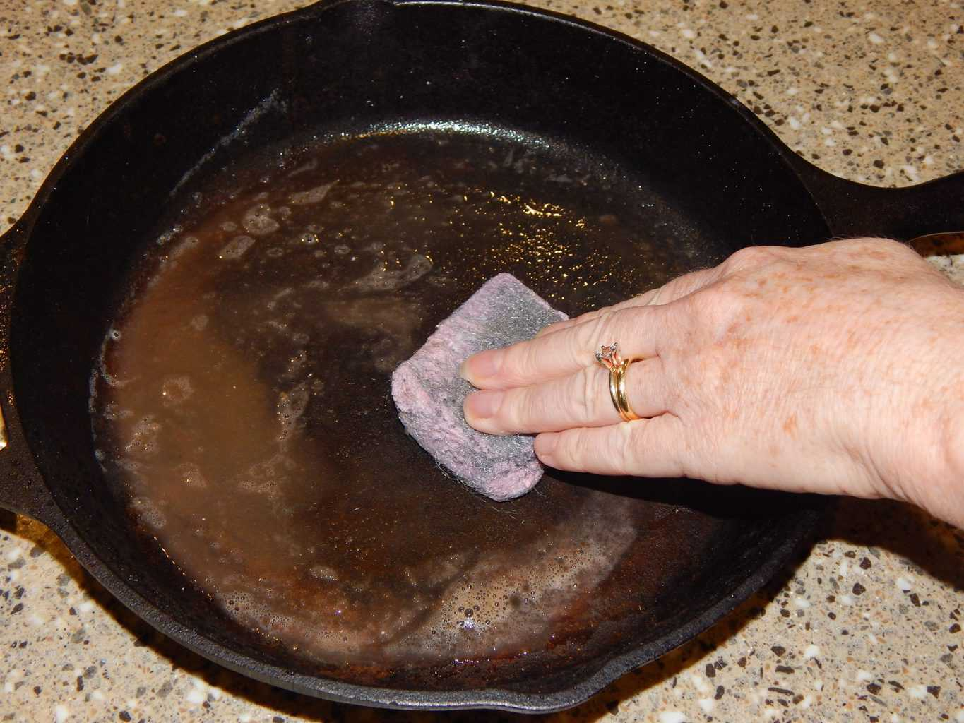 Washing your cast iron skillet