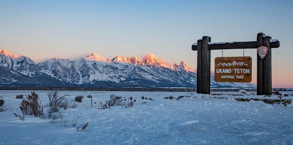 grand teton np sign