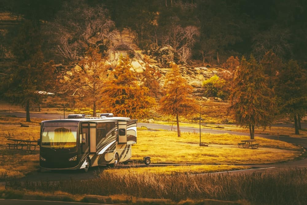 A parked RV in the countryside